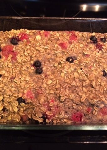 Zooma Napa Blog Contest + Very Berry Baked Oatmeal