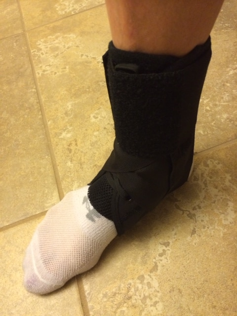Foot Update + V-Day Pics - Skinny Fitalicious®