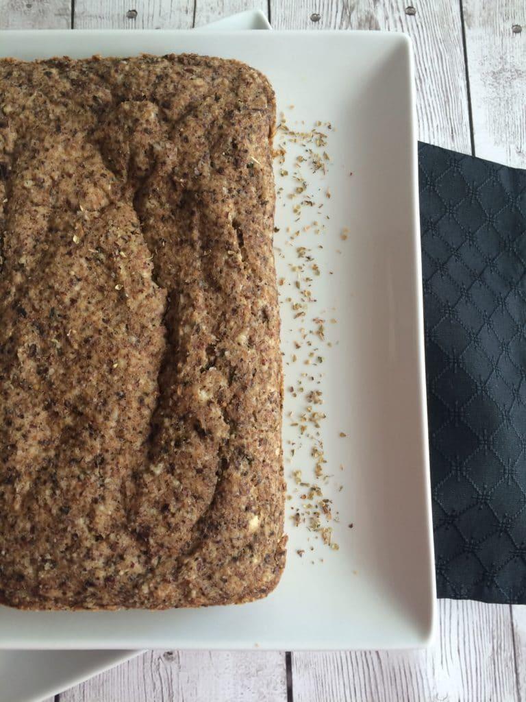 Garlic_herb_almond_flax_bread