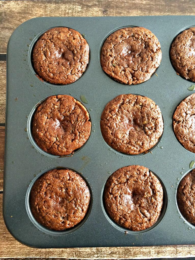 zucchini_apple_spice_muffins_paleo