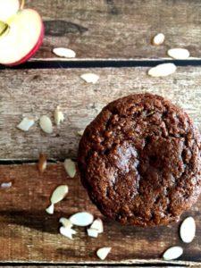 rp_zucchini_apple_spice_muffins_paleo1-768x1024.jpg