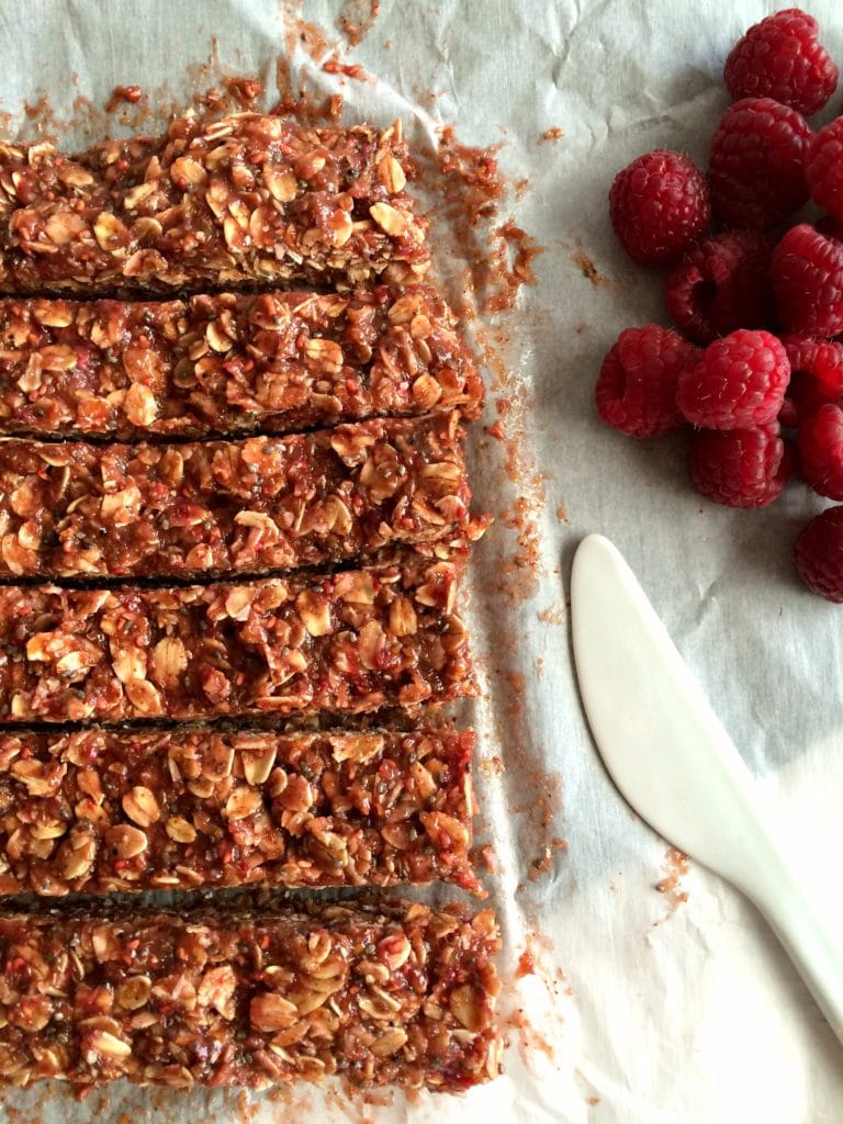 Raspberry_Peanut_Butter_Granola_Bars