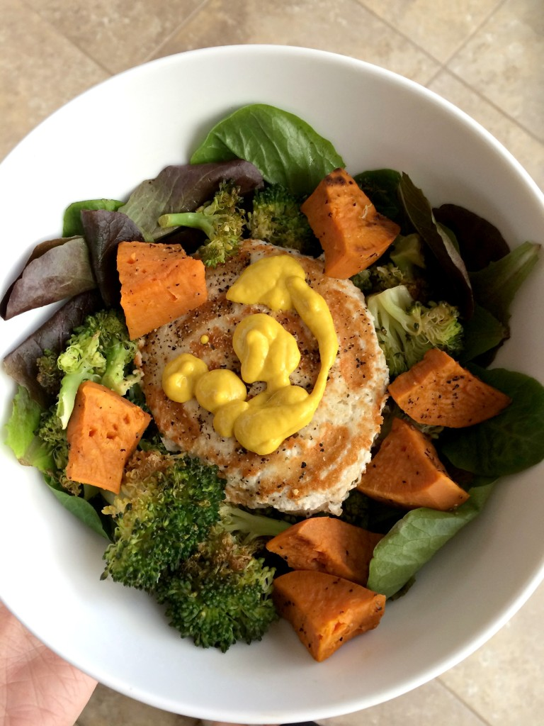 dinner_chicken_grilled_salad