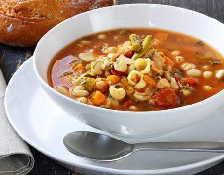 minestrone-soup-recipes-hearty-minestrone-de.jpg