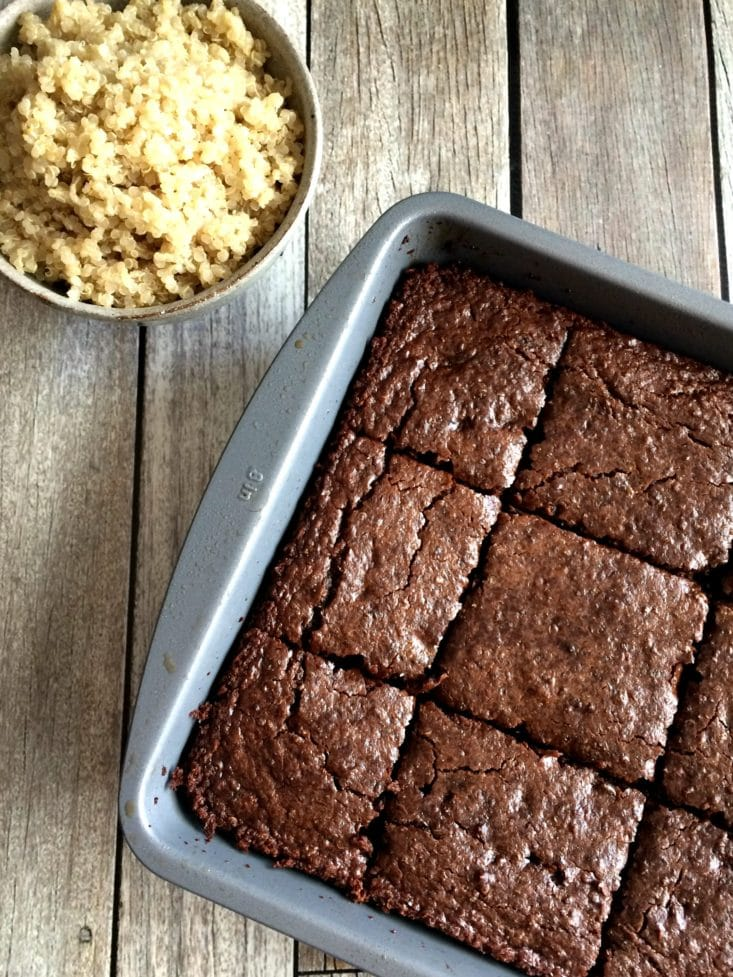 Double Chocolate Quinoa Brownies - Skinny Fitalicious