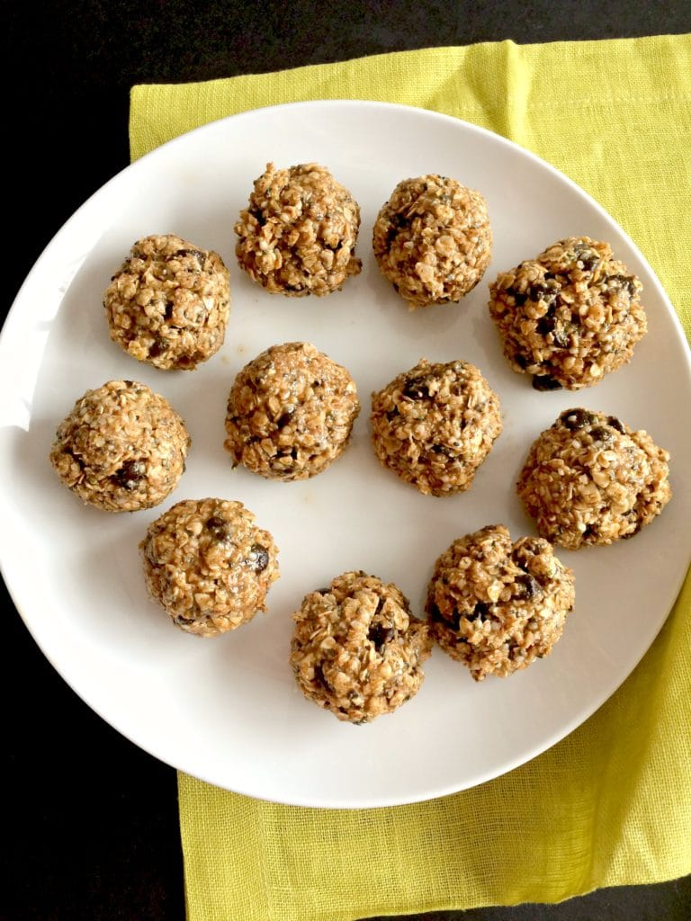 chocolate-almond-bites
