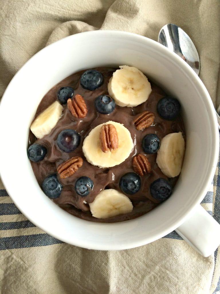 chocolate-avocado-acai-bowl-img1