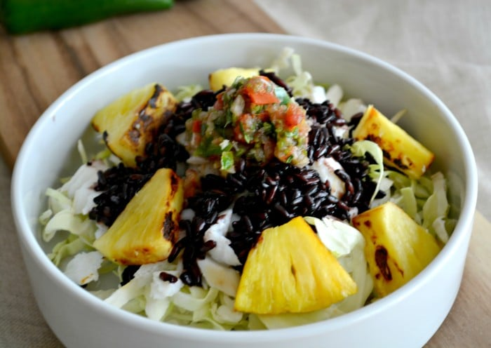 Pineapple fish taco bowl with black rice gf low cal for Summer fish and rice