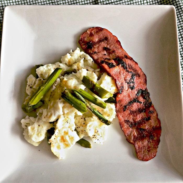breakfast-eggs-asparagus-turkey-bacon