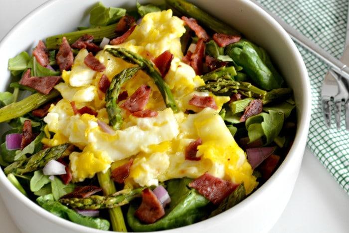 Eggs Benedict Salad {GF, Paleo, Low Cal} - Skinny Fitalicious