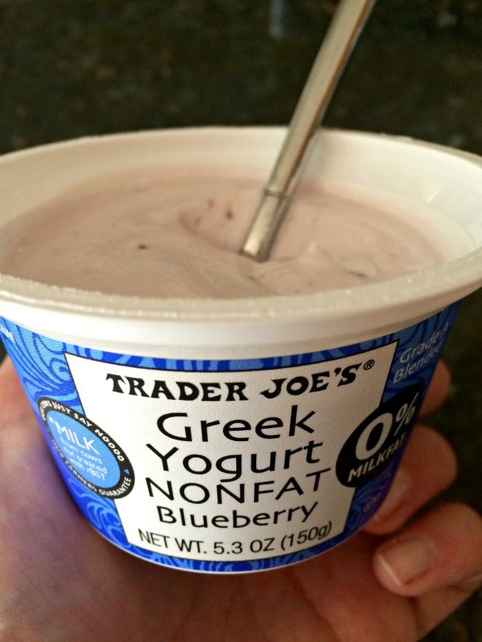 greek-yogurt-trader-joes