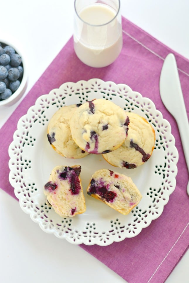 Made with sour cream, applesauce, milk, and gluten free flour, these delicious 94 calorie Sour Cream Blueberry Muffins keep your waist slim.