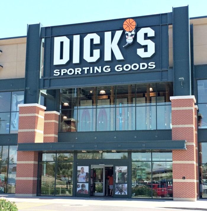 DICKS Sporting Goods Store in Memphis, TN   376