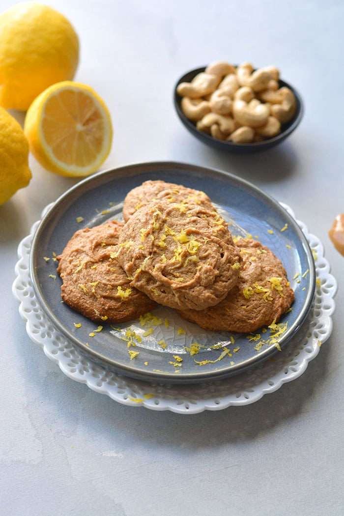 Healthy Lemon Cashew Cookies made grain free with 5 ingredients. These healthy cookies are lower in calories and lower in sugar. Paleo + Vegan + Low Calorie + Gluten Free