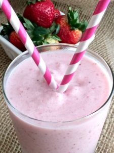 skinny-strawberry-frappuccino-img1
