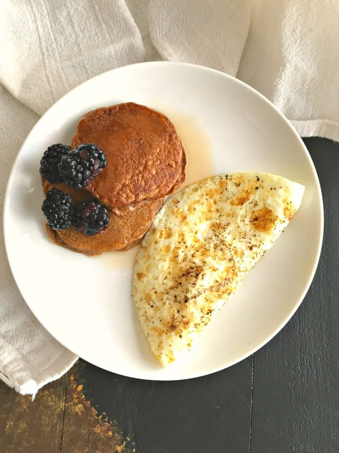 Gingerbread Pancakes & Eggs