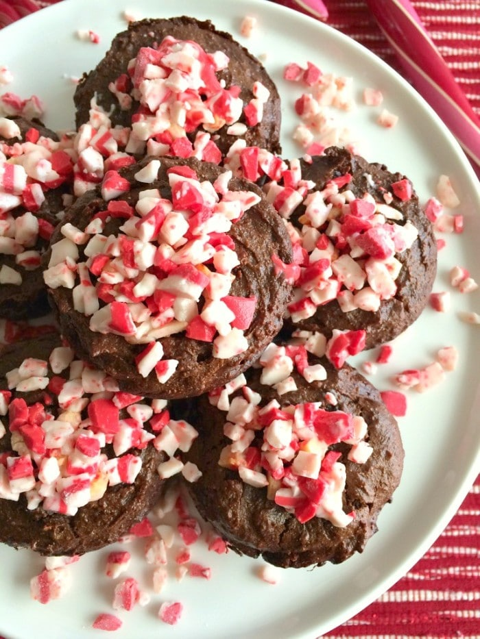 Paleo Peppermint Brownie Muffins