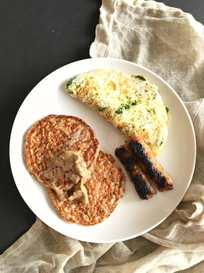 pancakes & eggs