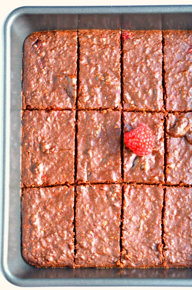 Raspberry Chocolate Quinoa Bars