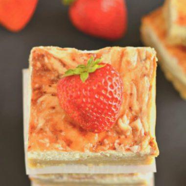 Greek Strawberry Cheesecake Bars