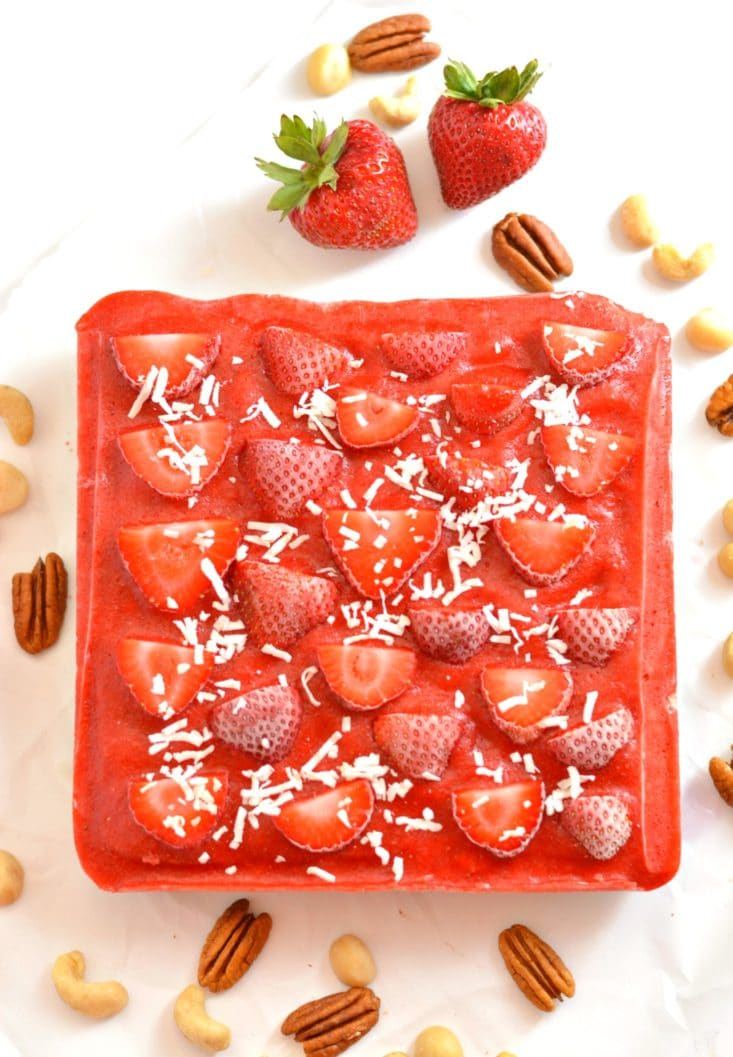 Raw Strawberry Cake