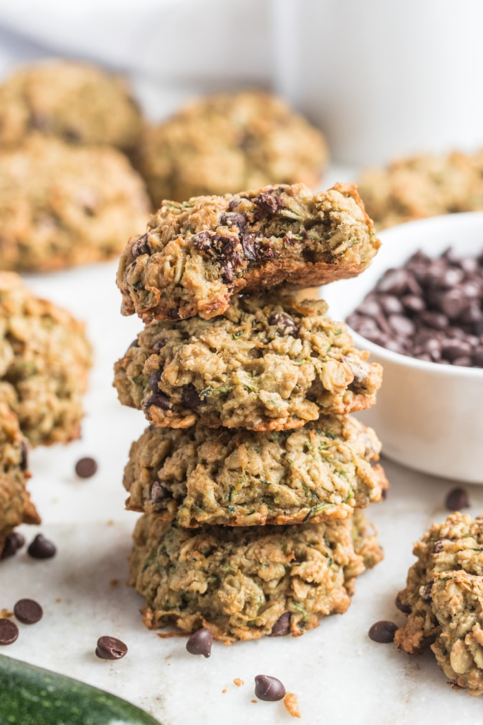 Healthy Zucchini Chocolate Cookies arelow calorie, gluten free and packed with chocolate flavor. A chewy, healthy cookie recipe!