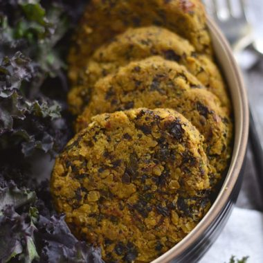 This Kale Sundried Tomato Falafel made with hearty, comforting & wholesome ingredients is a quick & easy Mediterranean style meal. A warm, soul filling food perfect on a cold day. Gluten Free + Low Calorie + Vegan