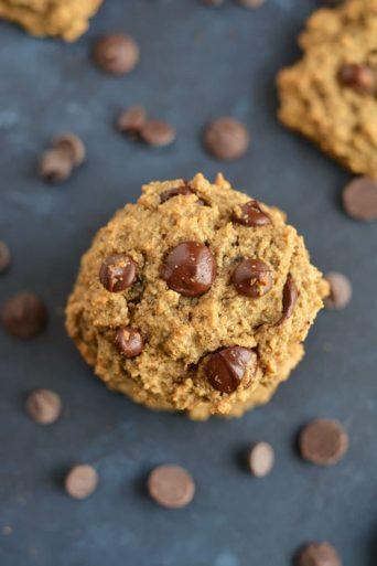 Skinny Chocolate Chip Cookies {Vegan, GF, Low Cal}