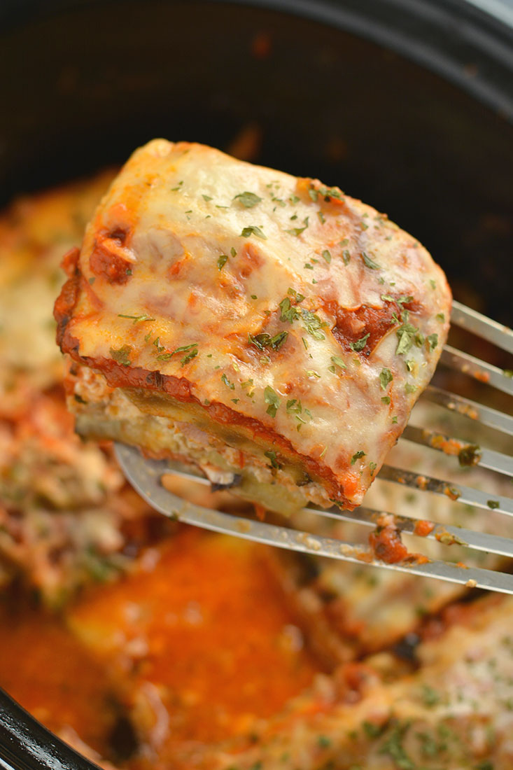 Low Carb Crockpot Lasagna! This No Noodle Lasagna Made With Ground Chicken,  Eggplant