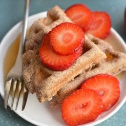 5 Ingredient Coconut Flour Waffles {Paleo, GF, Low Cal}