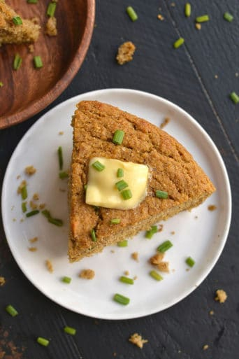 Almond Flour Pumpkin Cornbread {GF, Low Cal}