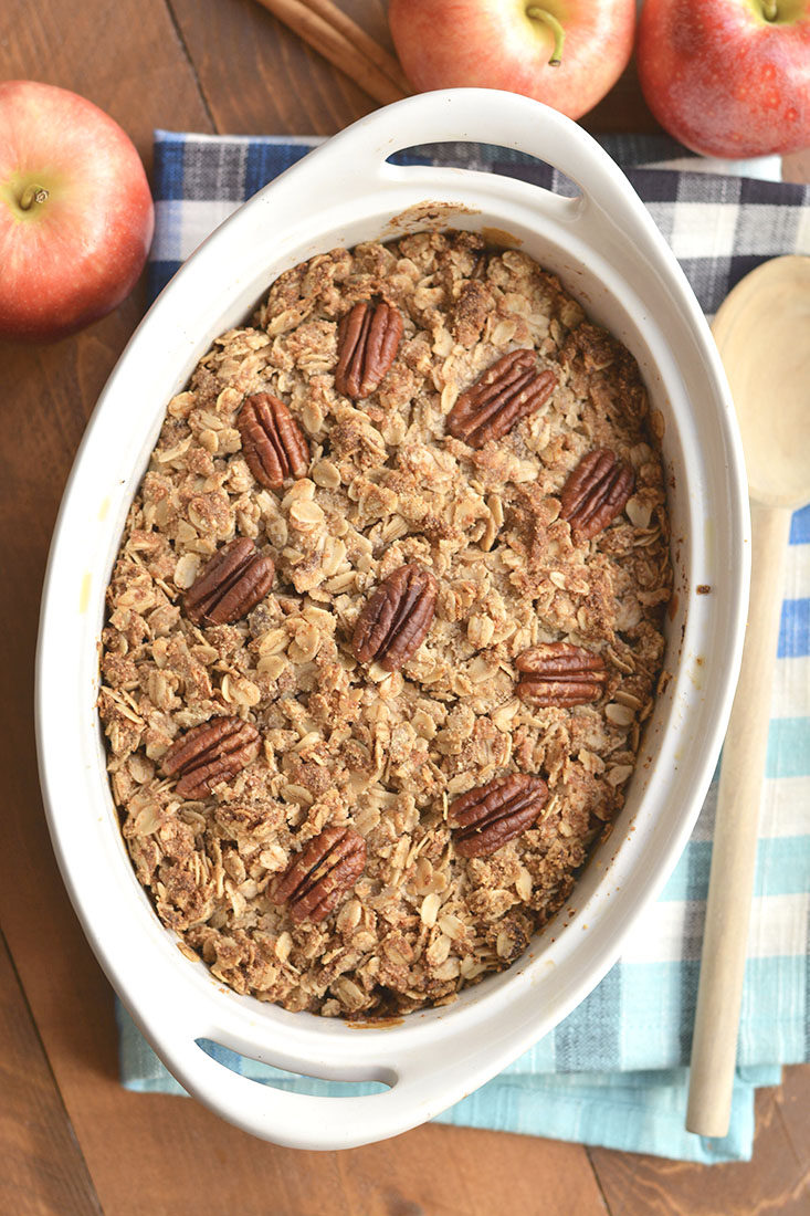 Pumpkin Spice Apple Crisp! Your favorite dessert got sweetercaramelized with pumpkin & spices! This healthier dessert recipe is easy to make & delicious! Eat it as is, or top with ice cream or Greek yogurt. Gluten Free + Low Calorie