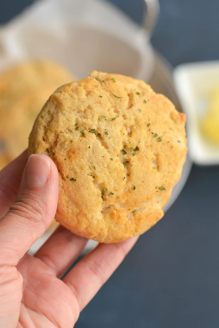 Homemade Almond Flour Biscuits! These gluten, yeast & diary free biscuits are quick to make, ready in 30 minutes & packed with healthy ingredients. Light, fluffy, EASY, delicious & crowd pleasing! Gluten Free + Paleo + Low Calorie
