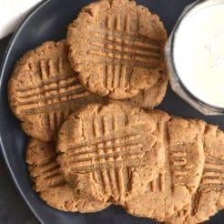 Low Carb Peanut Butter Cookies {GF, Low Carb, Low Calorie}