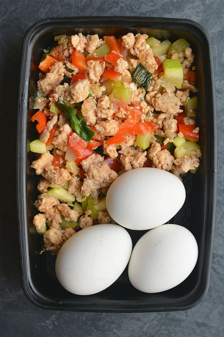 This Meal Prep Low Carb Breakfast Hash is loaded with turkey, spices & tons of veggies. A high protein, fiber rich meal to start the day. Serve with a crispy fried egg on top or boiled eggs for an EASY brunch or breakfast meal prep. Paleo + Whole30 + Gluten Free + Low Calorie