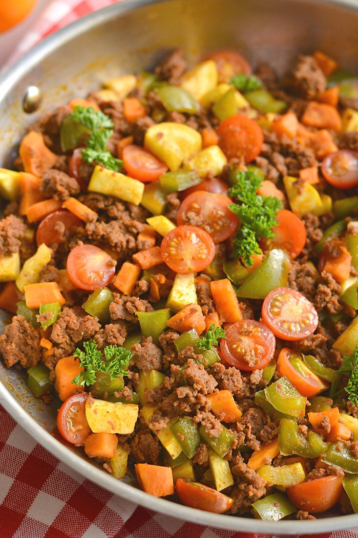 Meal Prep Chorizo Sweet Potato Breakfast Hash! This egg free hash is loaded with vegetables, flavor, & nourishment. A filling Whole30 breakfast thatstrikes the perfect balance of sweet & savory! Paleo + Gluten Free + Low Calorie + Low Carb