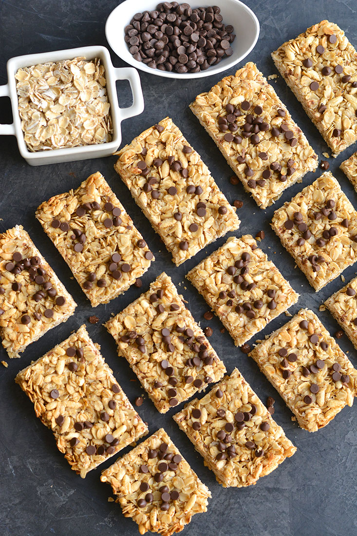 Honey Oats Chocolate Chip Granola Bars! Chewy granola bars made with recognizable ingredients and gluten free. An easy homemade snack or lunchbox treat! Gluten Free + Low Calorie