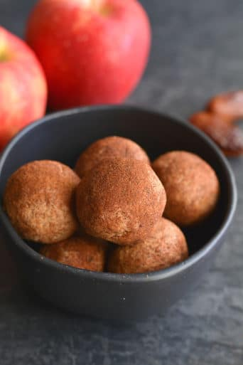 Apple Cinnamon Peanut Butter Bites {Vegan, GF, Low Cal}