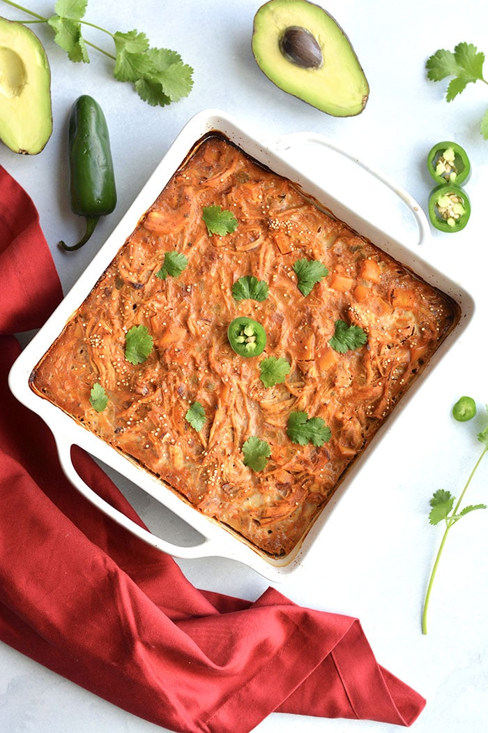 Chicken Enchilada Quinoa Casserole! A wholesome, low sugar casserole packed withprotein and incredible flavor. Super easy to make ahead of time and family approved! Gluten Free + Low Calorie