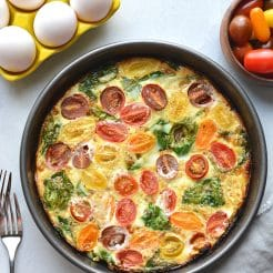 Tomato Spinach Egg White Frittata {Whole30, Paleo, Low Carb}