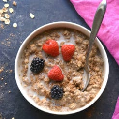 High Protein Chocolate Oatmeal! Make better balanced oatmeal with protein for balancing fat loss hormones and losing weight. Prep as instant oats or overnight oats with simple, healthy ingredients. Gluten Free + Low Calorie