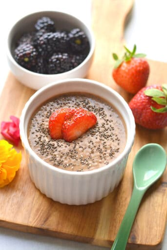 Healthy Chocolate Protein Chia Pudding is a low calorie, high protein breakfast or snack. Easy to meal prep, dairy free and vegan friendly! Low Calorie + Gluten Free + Paleo + Vegan