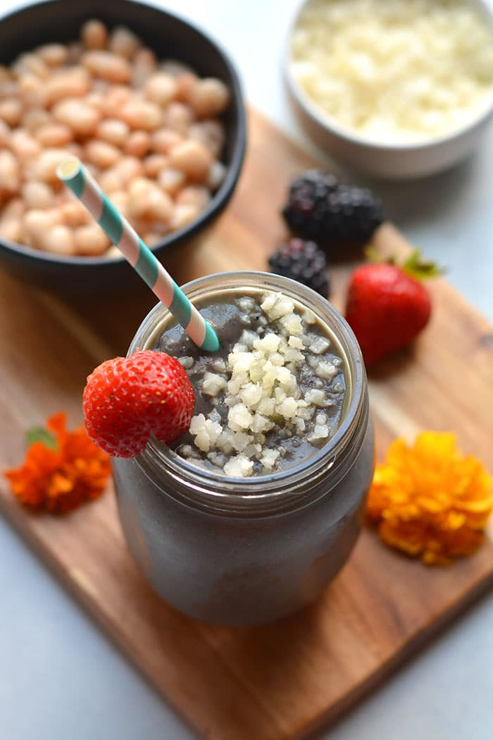 High Fiber Protein Smoothie! This weight loss smoothie recipe has the right balance of ingredient for fat loss. Great for breakfast or a meal!