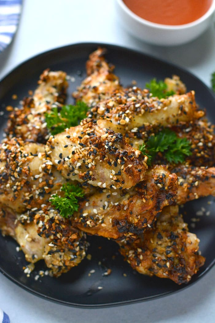 Healthy Air Fryer Everything Bagel Chicken Wings are un-breaded and air fried making them fewer calories than traditional fried wings and are gluten free. A simple appetizer or meal that's pleases everyone!